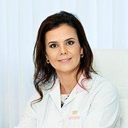 Foto da Dra. Renata Antunes